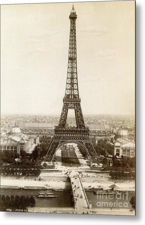 1900 Metal Print featuring the photograph Paris: Eiffel Tower, 1900 by Granger