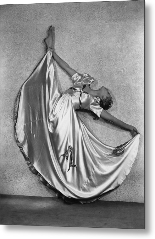 People Metal Print featuring the photograph Dance by Sasha