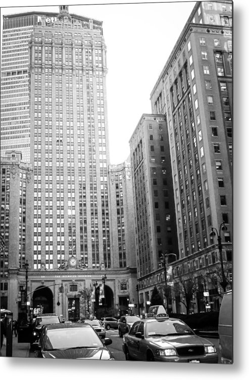 Nyc Metal Print featuring the photograph New York City by Alexander Mendoza