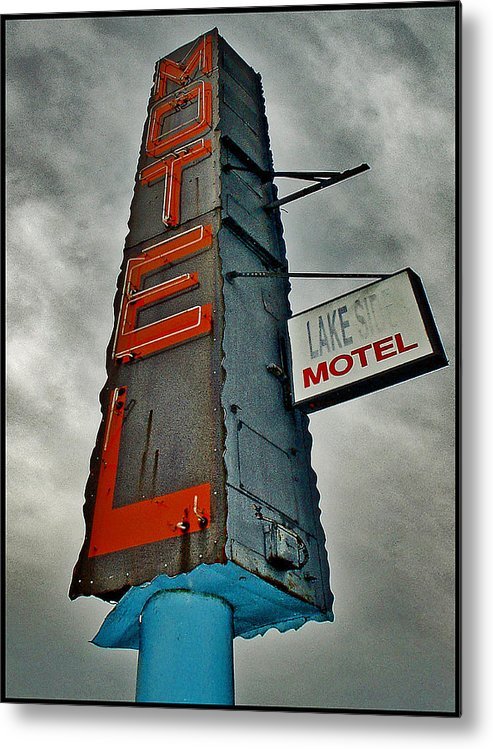 Color Metal Print featuring the photograph Lake Motel by Curtis Staiger