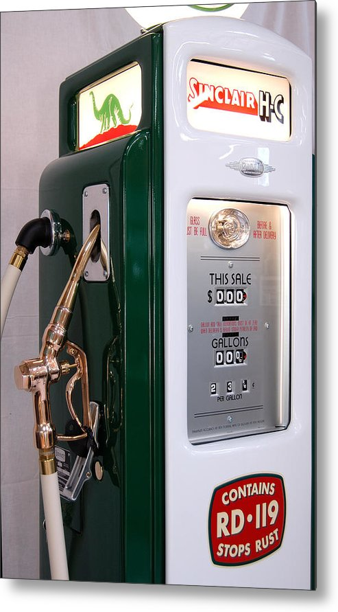 Sinclair Metal Print featuring the photograph Sinclair Gas Pump by David Campione