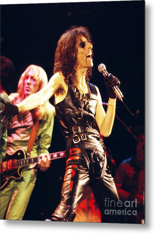 Alice Cooper Metal Print featuring the photograph Alice Cooper 1979 by Chris Walter