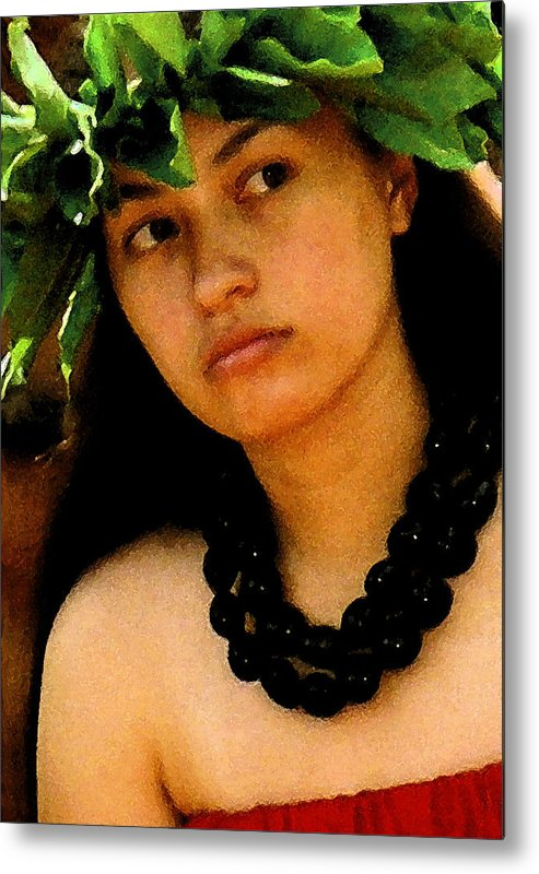 Hawaii Metal Print featuring the photograph Kukui Nut Lei by James Temple