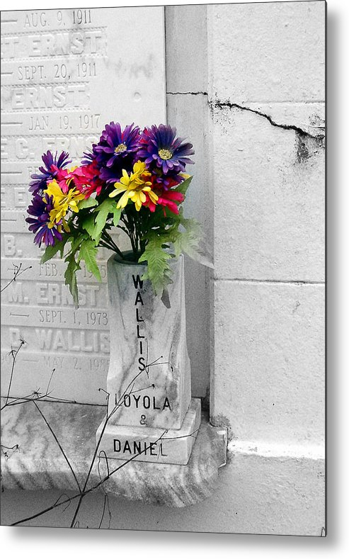 Flowers Metal Print featuring the photograph Lafayette No One Bouquet by Heather S Huston