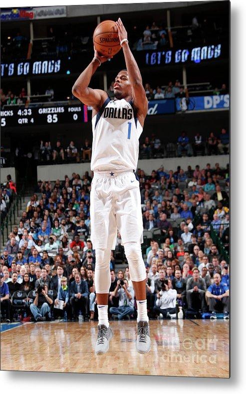Nba Pro Basketball Metal Print featuring the photograph Memphis Grizzlies V Dallas Mavericks by Danny Bollinger