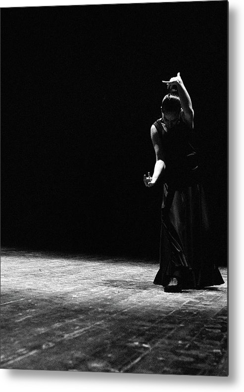 Ballet Dancer Metal Print featuring the photograph Modern Flamenco by T-immagini