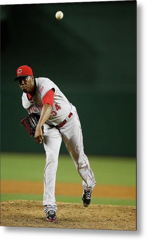 Relief Pitcher Metal Print featuring the photograph Aroldis Chapman by Christian Petersen