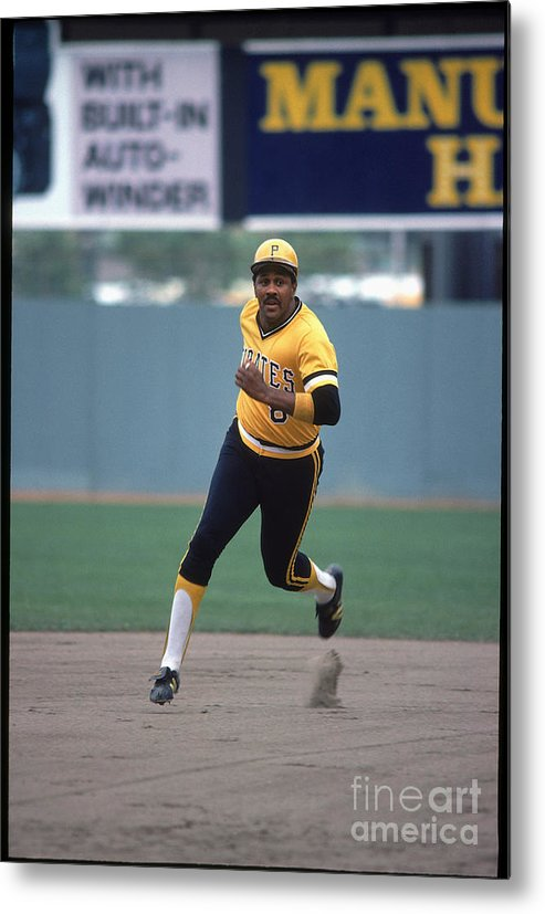 1980-1989 Metal Print featuring the photograph Willie Stargell by Rich Pilling