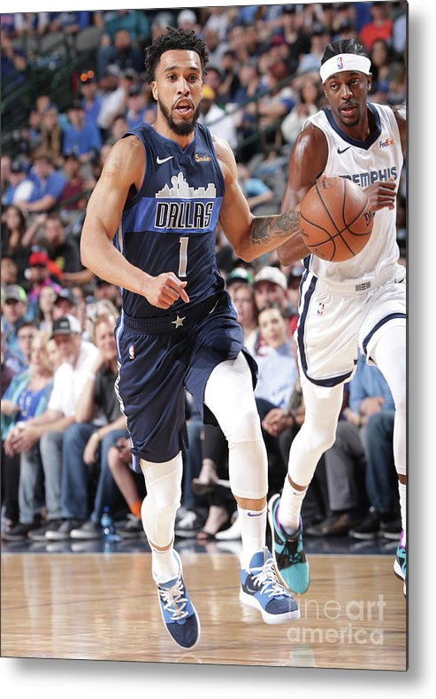 Nba Pro Basketball Metal Print featuring the photograph Courtney Lee by Glenn James