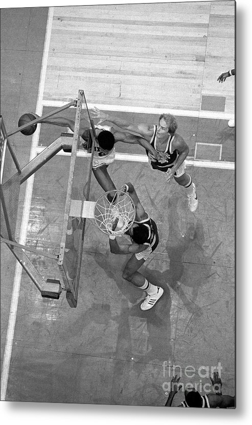 Playoffs Metal Print featuring the photograph Julius Erving and Kareem Abdul-jabbar by Jim Cummins