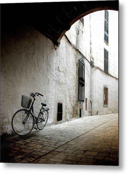 Tranquility Metal Print featuring the photograph Bicycle Leaning Wall by Antonio R. Ramos