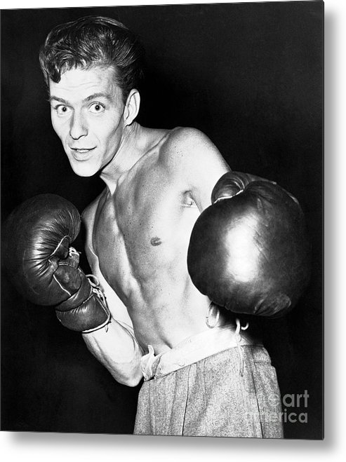 People Metal Print featuring the photograph Frank Sinatra In Boxing Pose by Bettmann
