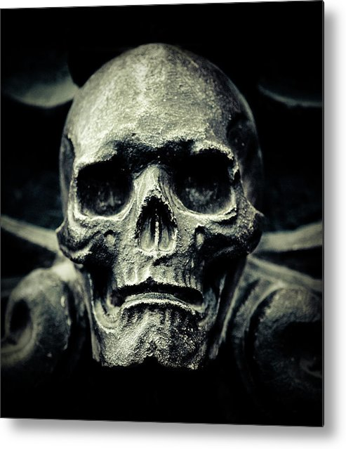 Gothic Style Metal Print featuring the photograph Skull by Thepalmer
