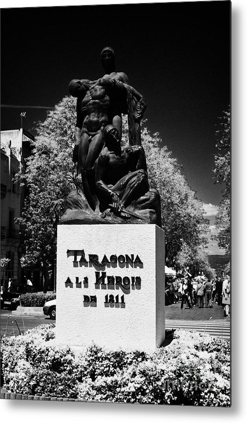 Rambla Metal Print featuring the photograph Tarragona Als Herois De 1811 Sculpture On Rambla Nova Avenue In Central Tarragona Catalonia Spain by Joe Fox