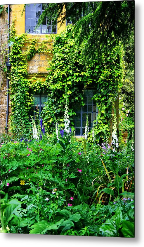 Hidcote Manor Garden Metal Print featuring the photograph Hidcote Windows by Rob Meredith