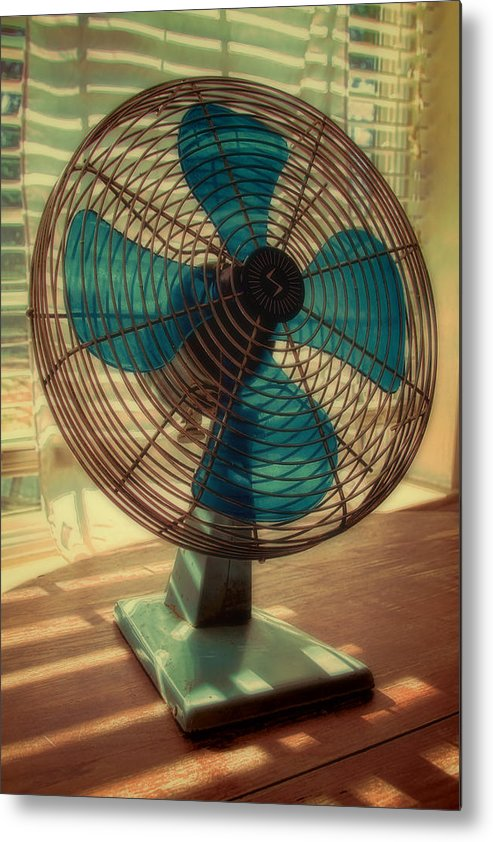 Retro Metal Print featuring the photograph Retro Fan by Tony Grider