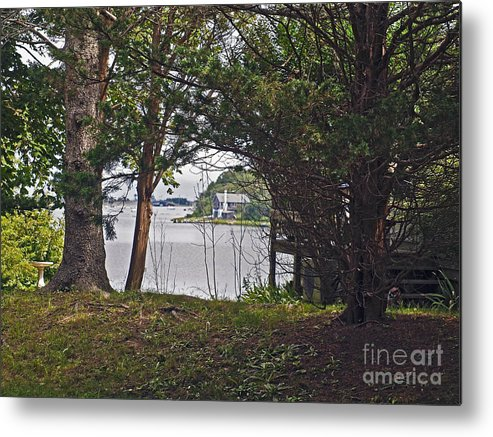 America Metal Print featuring the photograph Martha's Vineyard by Howard Stapleton