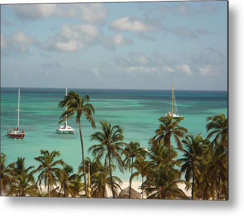 Aruba Ocean Metal Print featuring the photograph Beautiful Ocean by Ashley Campbell