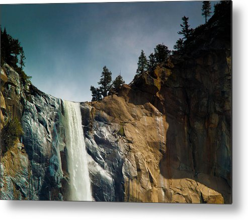 Yosemite Metal Print featuring the photograph Bridalveil IIi by Bill Gallagher