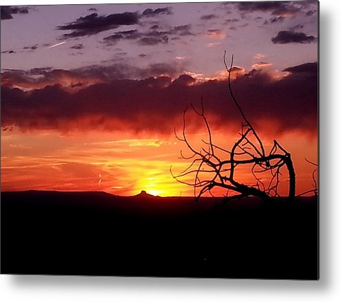 Cabazon Metal Print featuring the photograph Cabazon Sunset by Dan Vallo