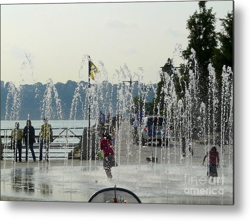 Summertime Metal Print featuring the photograph Cooling Off by Avis Noelle