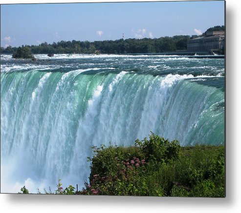 Landscape Metal Print featuring the photograph Fall by Dervent Wiltshire
