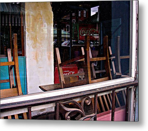 Cafe Metal Print featuring the photograph Havana Cafe by Mickey Murphy