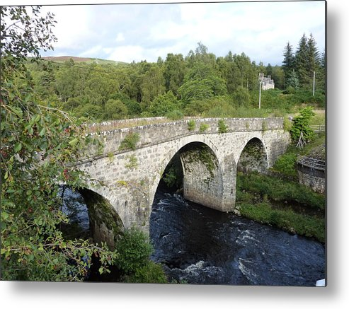 Scotland Metal Print featuring the photograph Old Stone Bridge In Scotland by Diane Palmer