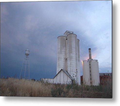 Sugarmill Metal Print featuring the photograph Old Sugarmill by Sarah Tanksalvala
