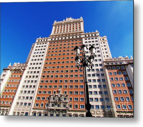 Spain Metal Print featuring the photograph Spain Building by Ted Pollard