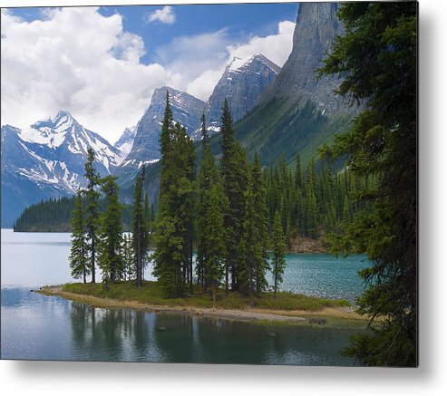 Maligne Metal Print featuring the photograph Spirit Island Morning by Brenda Kean