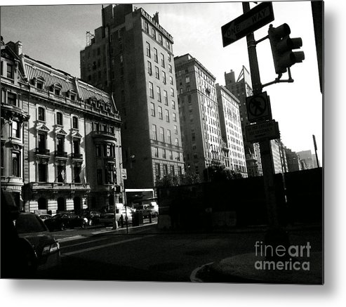 Streetscape Metal Print featuring the photograph Sunday At The Museum by Miriam Danar