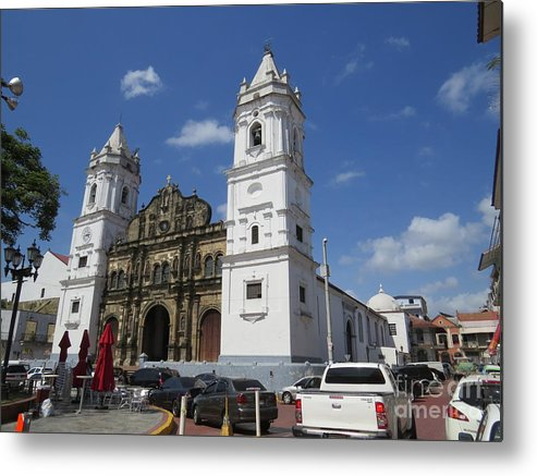 City Of Panama Cathedral Metal Print featuring the photograph The Great Lady A by Vladimir Berrio Lemm
