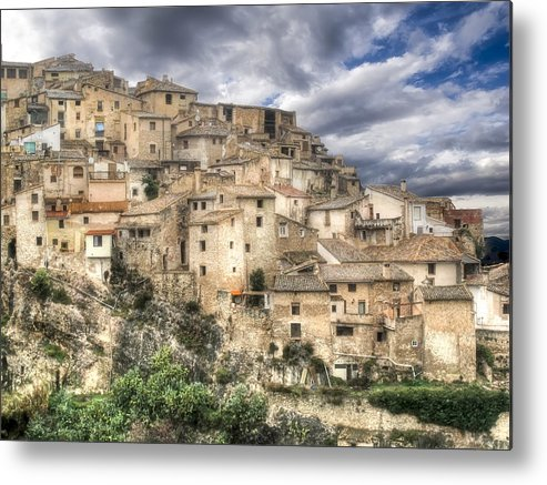 Horizontal Metal Print featuring the photograph Bocairent by Joanot