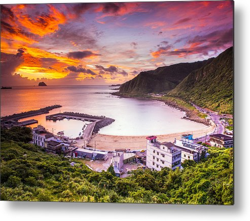 Horizontal Metal Print featuring the photograph Dawn by Photo by Ether