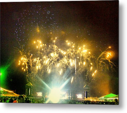 Fireworks Metal Print featuring the photograph New Year by Beto Machado