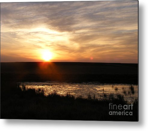 Sunset Metal Print featuring the photograph Sunset And Water by Helena Marais