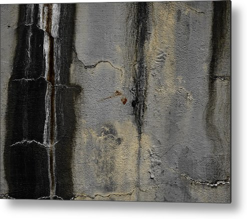 Wall Metal Print featuring the photograph Wall Texture Number 5 by Carol Leigh