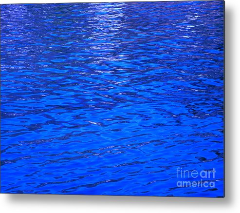 Abstract Metal Print featuring the photograph Seek by Sybil Staples