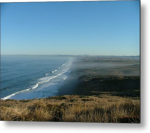 Sea Scapes Metal Print featuring the photograph A Little Slice Of Heaven by Donna Thomas