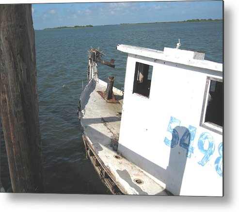 Boat Metal Print featuring the photograph Abandoned Shrimpboat by Wendell Baggett