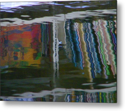 Abstract Metal Print featuring the photograph Alternate Reality 5 by Lenore Senior
