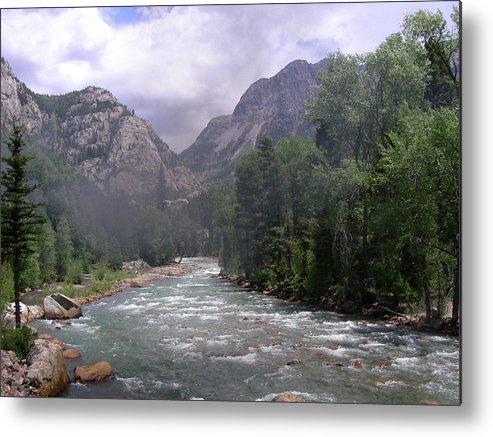 Landscape Metal Print featuring the photograph Animas River Morning by Peter McIntosh