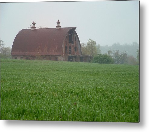 Barn Metal Print featuring the photograph Barn In Summer by Mark Fuller