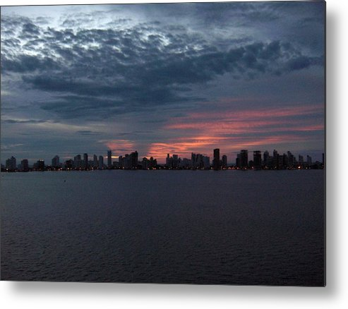Cartagena Metal Print featuring the photograph Cartagena Colombia At Sunset by Janet Hall