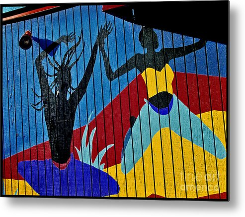 Color Metal Print featuring the photograph Dancers by Curtis Staiger