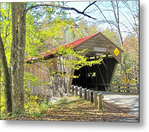 Nh Metal Print featuring the photograph Durgin Covered Bridge by Wayne Toutaint