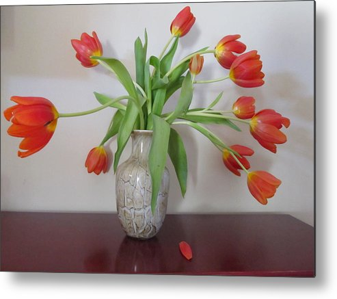 Tulip Metal Print featuring the photograph Entryway Bouquet by Judith Turner