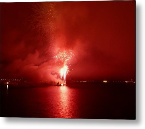 Fireworks Metal Print featuring the photograph Fireworks 17 by Kendall Eutemey