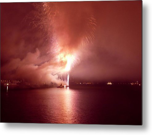 Fireworks Metal Print featuring the photograph Fireworks 20 by Kendall Eutemey